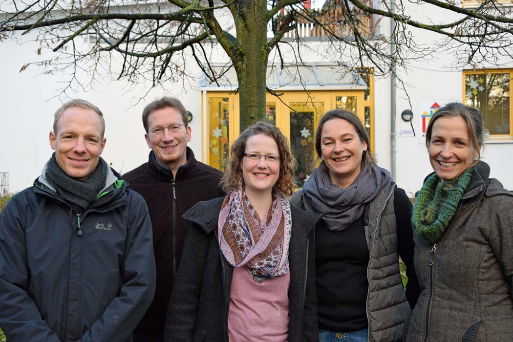 Aktueller Vorstand des Fördervereins: v.l.: Daniel Menke, Philipp Hillebrand, Theres Kohl, Anja Lemme (Kita-Leitung) und Beate Steinfeld
